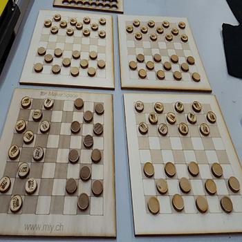 Découpe/gravage sur bois : Fabriquer les jeux avec le bois, graver les photos et découpe les objets d'art